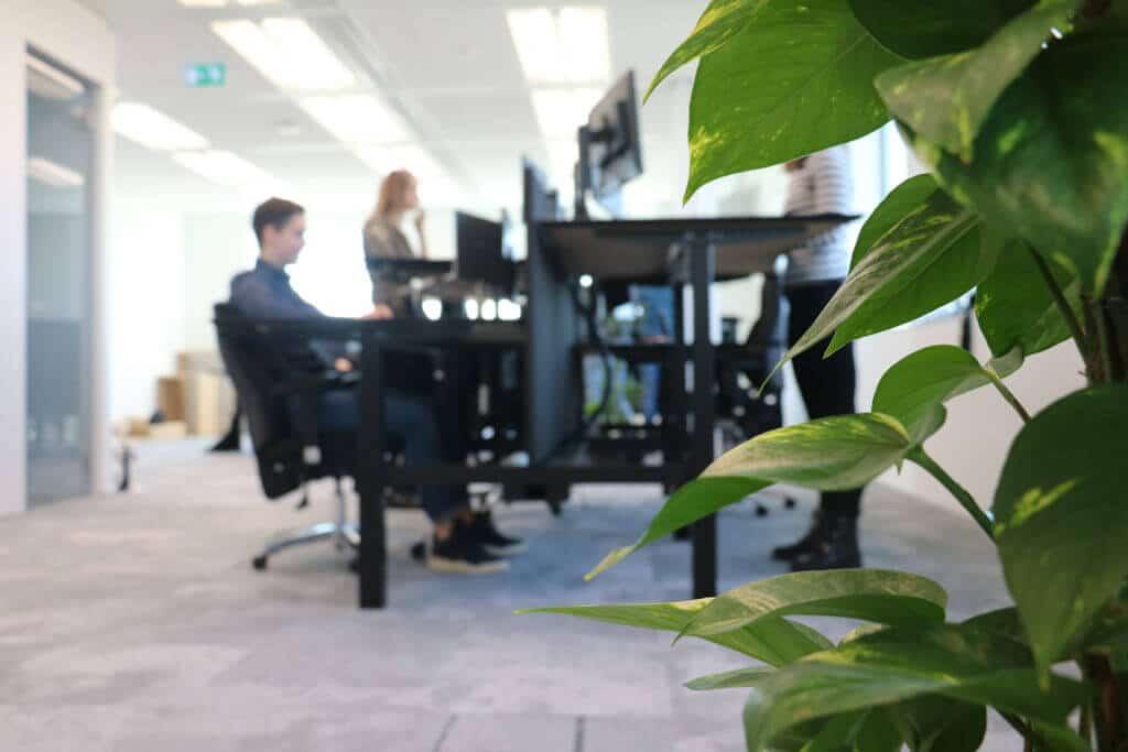 kantoor-bureau-strak